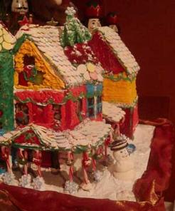 Riverbend Inn's Gingerbread House - Photo by Emily Duffy