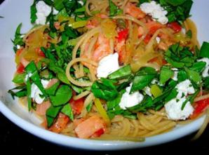 Smoked Salmon Pasta with tomatoes, basil and goat cheese